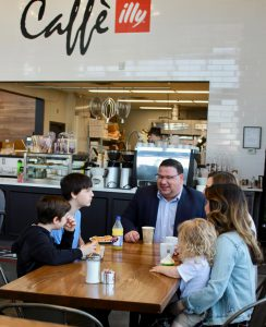 Cafe Mercato Family